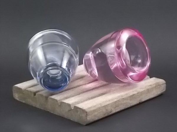 """Bougeoir """"Flick Flack"""" réversible, en verre coloré Rose Lilas et Gris Bleu de Leonardo. Made in Germany, depuis 1972."""