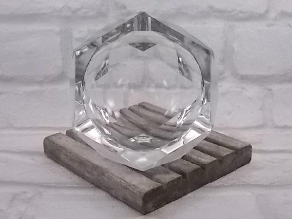 """Cendrier """"Karel"""" en Cristal, de forme octogonal à facettes. De la maison Val St Lambert"""