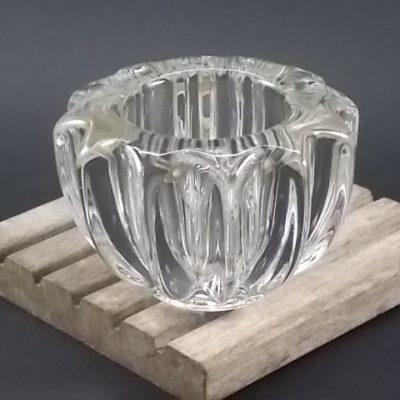"""Coupe """"Côtelé"""" en verre moulé pressé, arétes arrondies. De Pierre d' Avesn"""