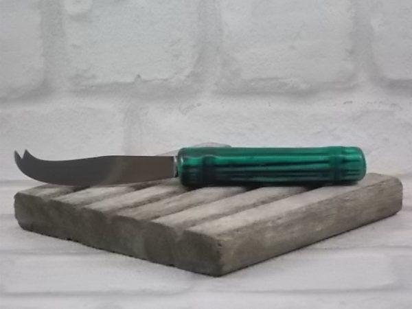 Couteau à Fromage, manche en Céramique Vert foncé imitation Paillé, lame en Inox.