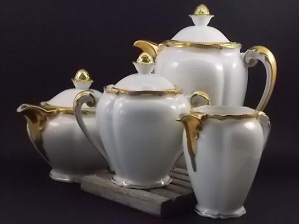 """Ensemble Thé et Café """"Or"""", en porcelaine Blanche et dorure de l'Ancienne fabrique Royale de Limoges France"""