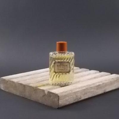Miniature Eau Sauvage Eau de toilette Homme 10 ml. Lancé en 1966. De la maison Dior