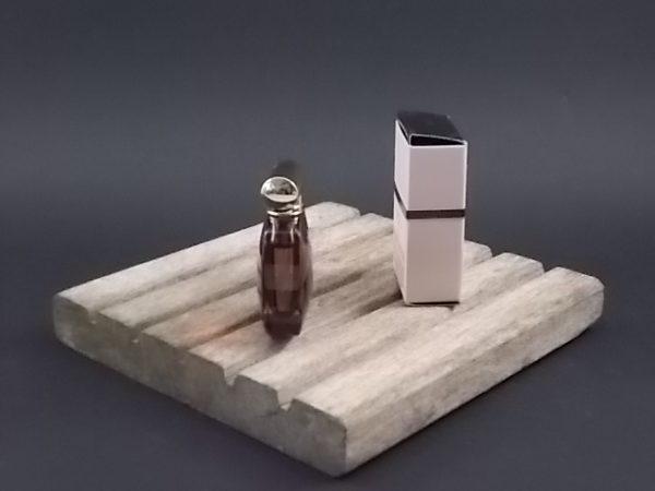 Miniature L'Extase Eau de Parfum 5 ml. Lancé en 2015. De la maison Nina Ricci Paris