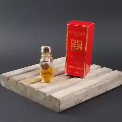 Miniature L' Interdit Eau de Toilette 4 ml. Lancé en 1958. De Givenchy Paris