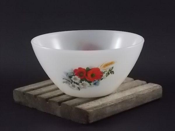 """Petit saladier """"Fleurs Champêtres"""" conique, en verre Opale Blanc laiteux. Décors floral. De la marque Arcopal."""