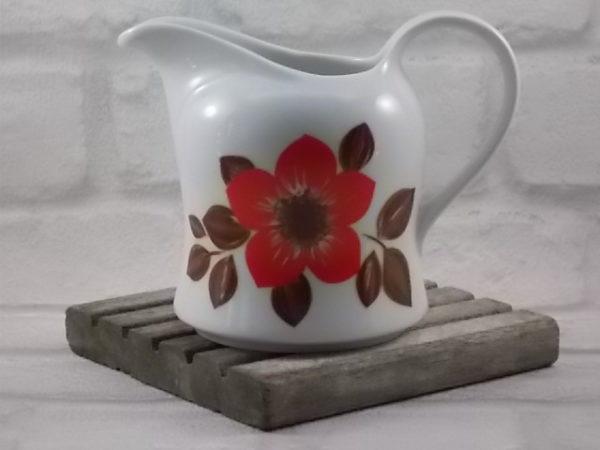 """Pot à lait """"Diana"""" en porcelaine Blanche. Décors floral stylisé aux couleurs Automnal. De Seltmann Weiden, Bavaria. Made in W-Germany."""