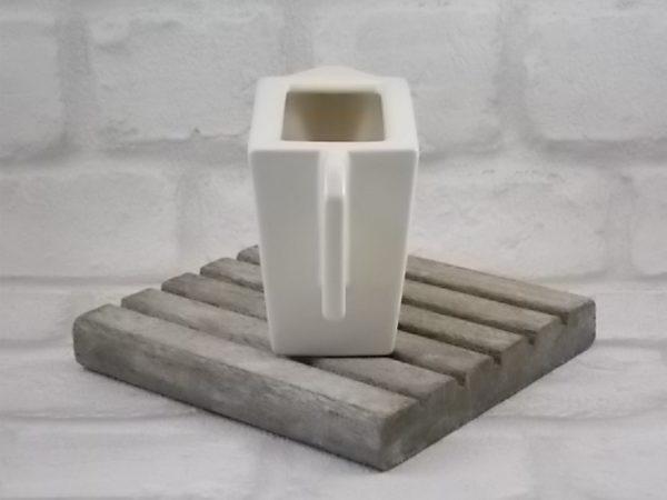 """Pot à lait """"Zeosen"""", en céramique Ivoire. Design épuré de style Art déco. De la maison Royal Boch"""