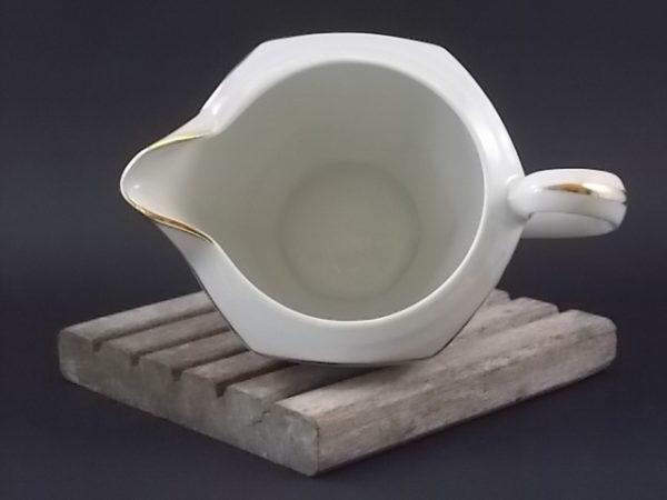 """Pot à lait """"Fleurs Or"""", en porcelaine Blanche. Décors floral et liseré en dorure. De Edgar Gaucher, Vierzon."""