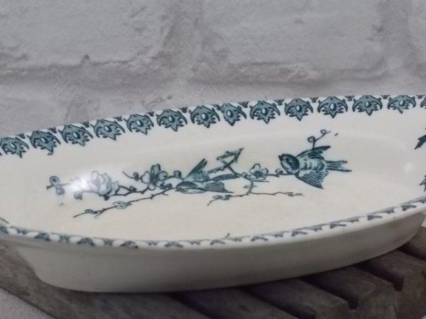 """Ravier """"Lyonnais"""", Terre de Fer Blanche. Motif floral et Oiseaux Vert. De la maison Hte Boulenger et Cie, Choisy le roi 1878-1936"""