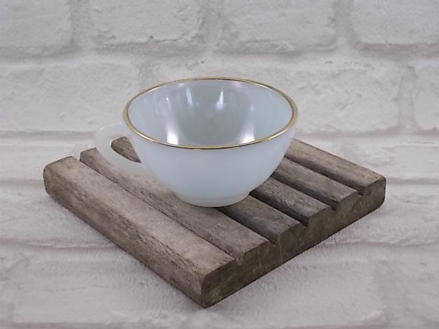 """Tasses à café """"Arlequin"""" en verre Opale de couleur Irisé Nacré d' """"Arcopal"""" ensemble de 5 tasses"""
