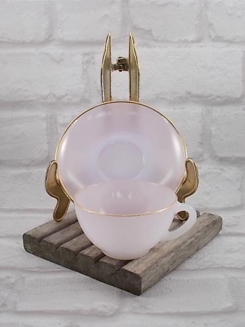 """Service à café """"Arlequin"""" en verre Opale de couleur Pastel Nacré d' """"Arcopal"""" ensemble de 6 tasses et soucoupes - Colorie Rose"""