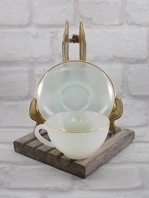 """Service à café """"Arlequin"""" en verre Opale de couleur Pastel Nacré d' """"Arcopal"""" ensemble de 6 tasses et soucoupes - Colorie Vert"""