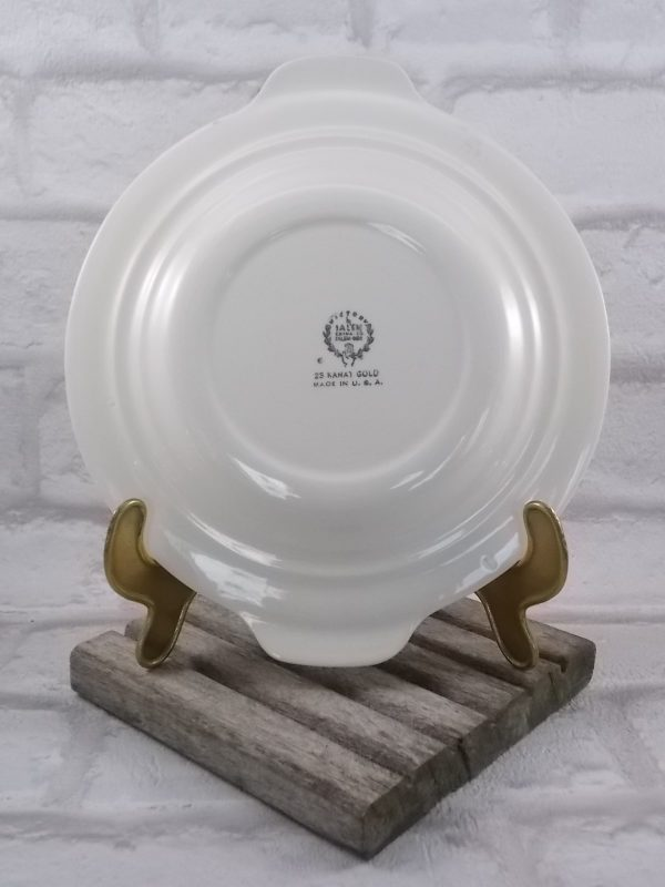 """Petite assiette plat, """"Victory"""" by Salem China.co, faïence Blanche décors central motif de Rose entouré d'une frise, liseré or 23 Carats"""