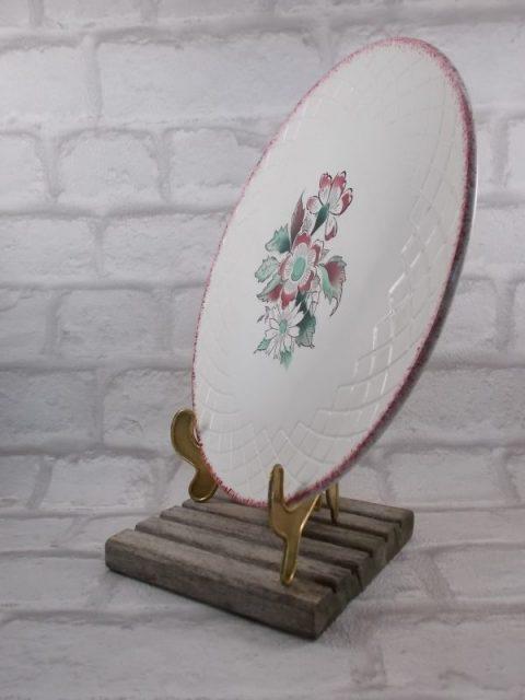 """Assiette Plat """"Ceranord St Amand"""" semi vitrifié modèle """"Rouen"""" décoré main, décors motif floral coloris rose/Vert"""