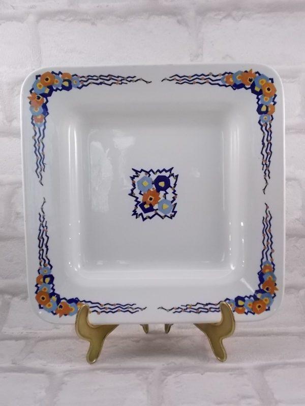 """Plat carré modèle """"Bilbao"""" de la faïencerie de sarreguemines, motif floral géométrique"""